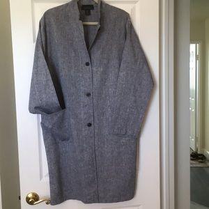 Tahari size L washable linen coat